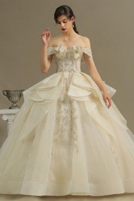 Extravagante Hochzeitskleider mit Spitze   Prinzessin Brautkleider