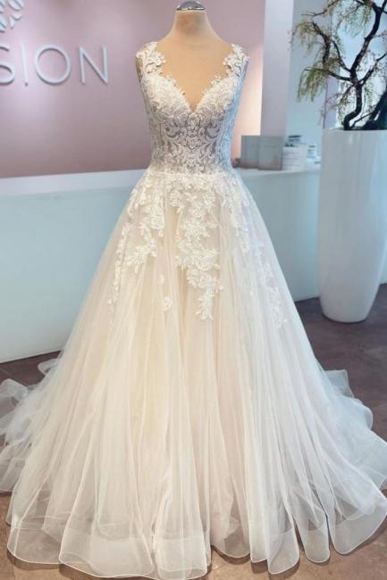Schlichte Brautkleider A Linie | Hochzeitskleider mit Spitze