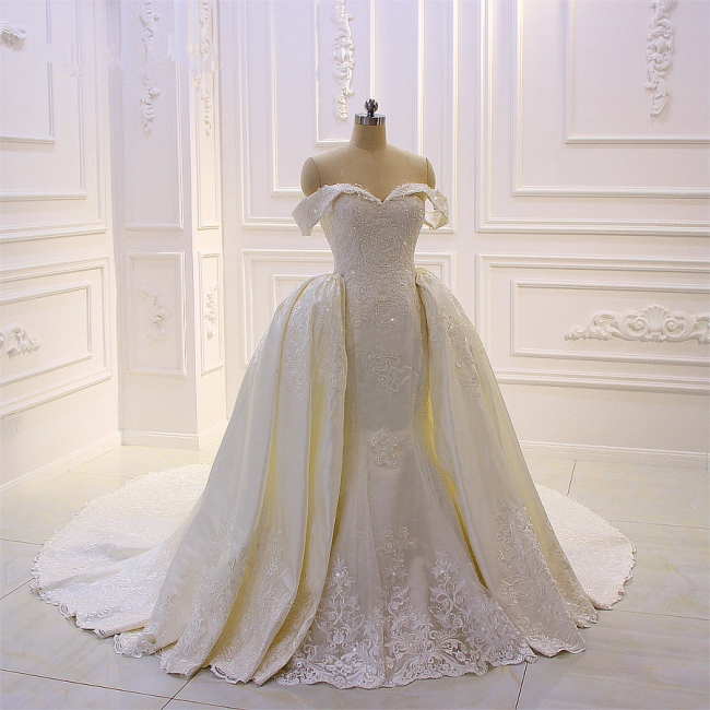Designer Brautkleid Mit Ärmel | Extravagante Hochzeitskleider