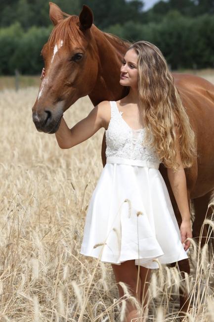 Günstige Brautkleid Mit Spitze   Hochzeitskleid Kurz A Linie